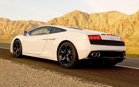 2012-Lamborghini-Gallardo-LP560-4-rear-t