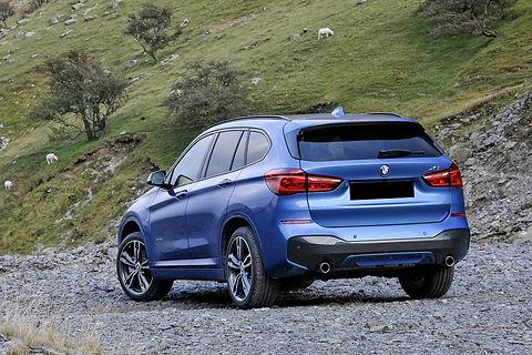 BMWX1xDrive20d1215(2).jpg