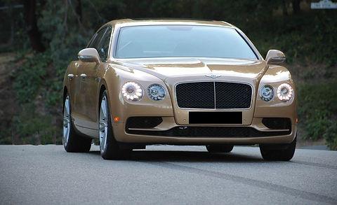 2017-Bentley-Flying-Spur-V8S-101.jpg