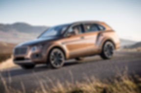 2017-bentley-bentayga-front-three-quarte