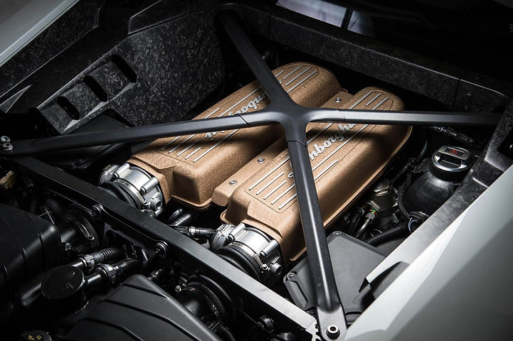 2018-Lamborghini-Huracan-Performante-eng
