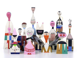 wooden-doll-group-shot-some-missing-72dpi-rgb_zoom