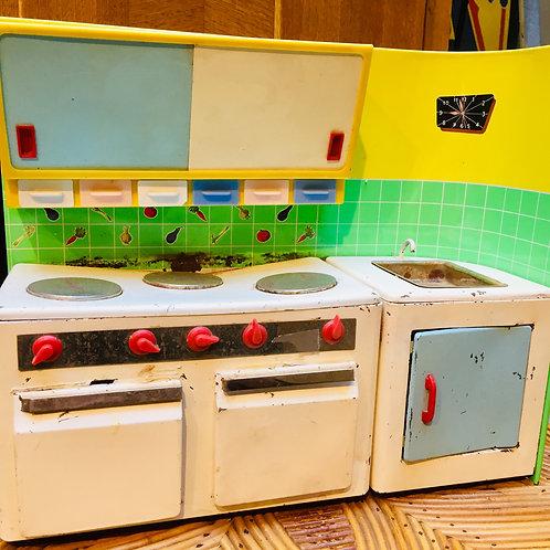 Petite cuisine Poupée