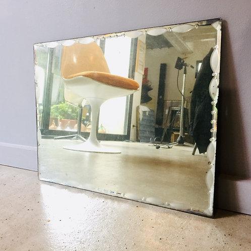 Miroir ciselé
