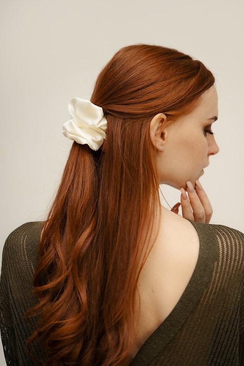 Silk Scrunchie - Pearl White