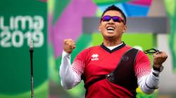 Canadian Olympian Crispin Duenas Reviews BOWdometer