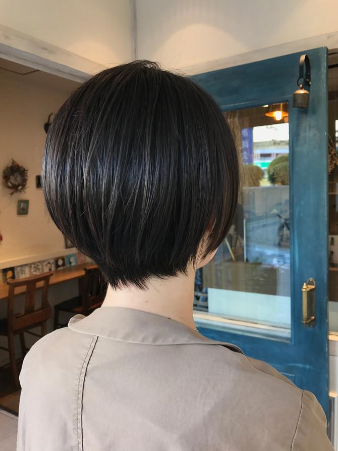 『色気のあるカットはお任せを』 福岡 今泉の美容室 Musiiik