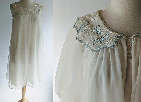 "1960s bridal peignoir set 36""bust"