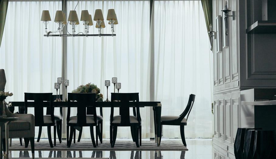 The Living room at CANAPAYA RESIDENCES