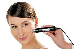 Hautanalyse im Kosmetikstudio in Eutin