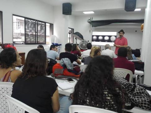 Iluminar_Medellin_12.jpg