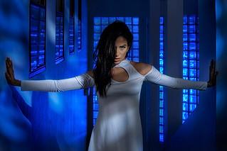 Isa_Azul_2048.jpg