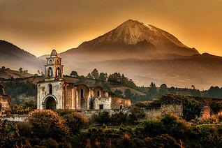 pico_orizaba_iglesia_paisaje_pomar.jpg