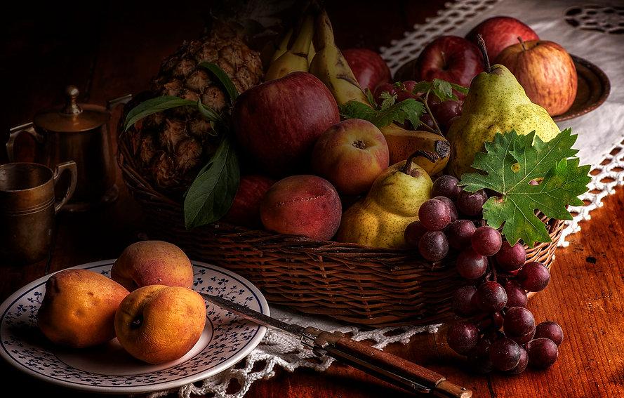 frutas oscuras.jpg