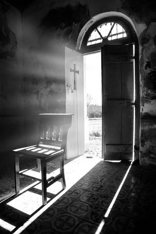 capilla_1280.jpg