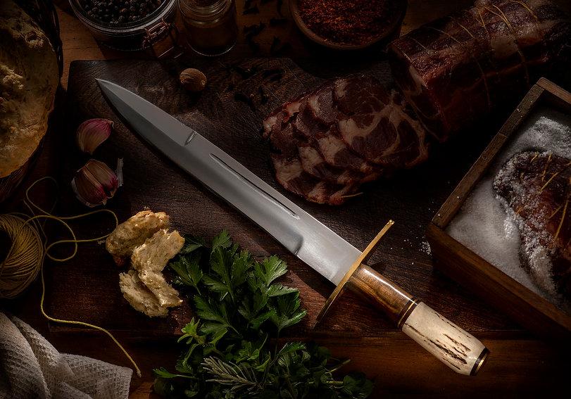 cuchillo1_oscura.jpg