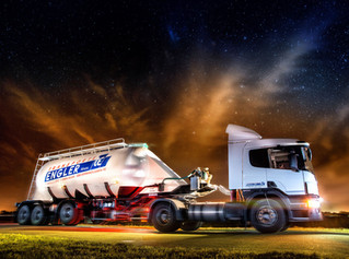 camión_publicidad_gustavo_pomar.jpg