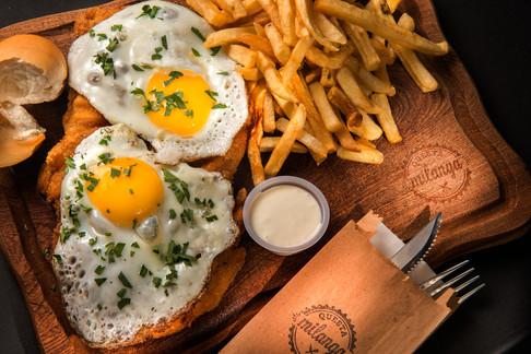 milanesa con huevo.jpg