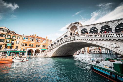 rialto-bridge-free-photo-1080x720.jpg