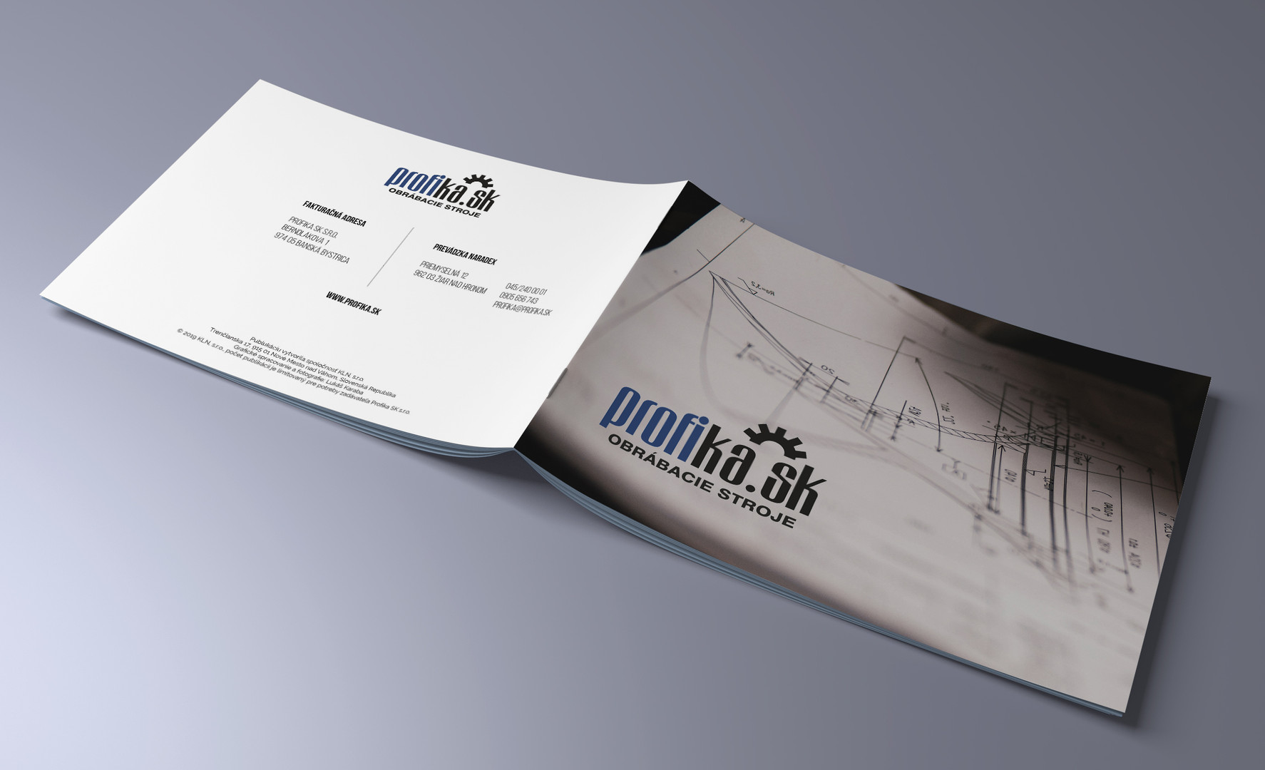 Mock-up_Brochure_A5_4.jpg