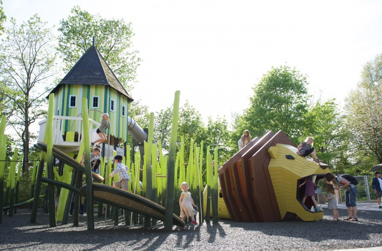 Monstrum - Zoológico de Odense