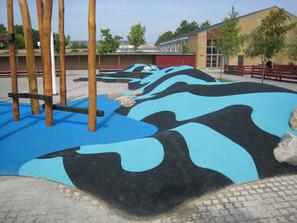 A instalação artesanal do piso Playtop