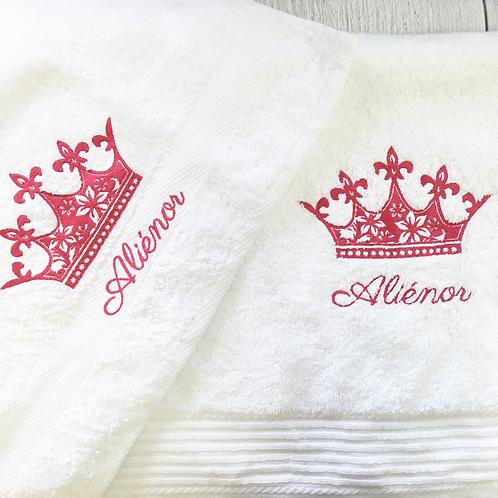 Drap de bain éthique brodé couronne - cadeau personnalisé