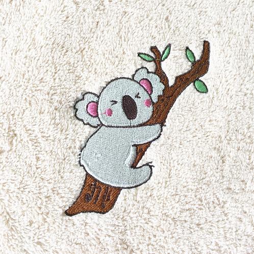Drap de bain éthique brodé koala - cadeau personnalisé