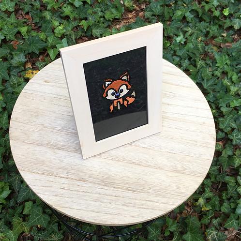 Cadre brodé malicieux petit renard - cadeau de naissance personnalisé