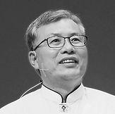 조봉희 목사님.jpg