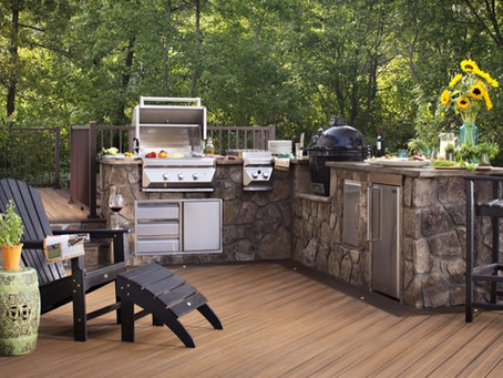 A Homeowner Safety Checklist When Building a Deck