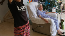 ASILO: Riendo con los abuelos.