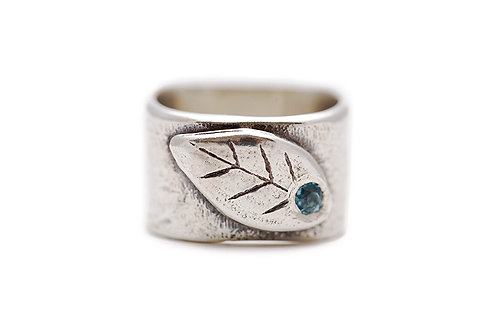 Leaf Ring with Blue Topaz