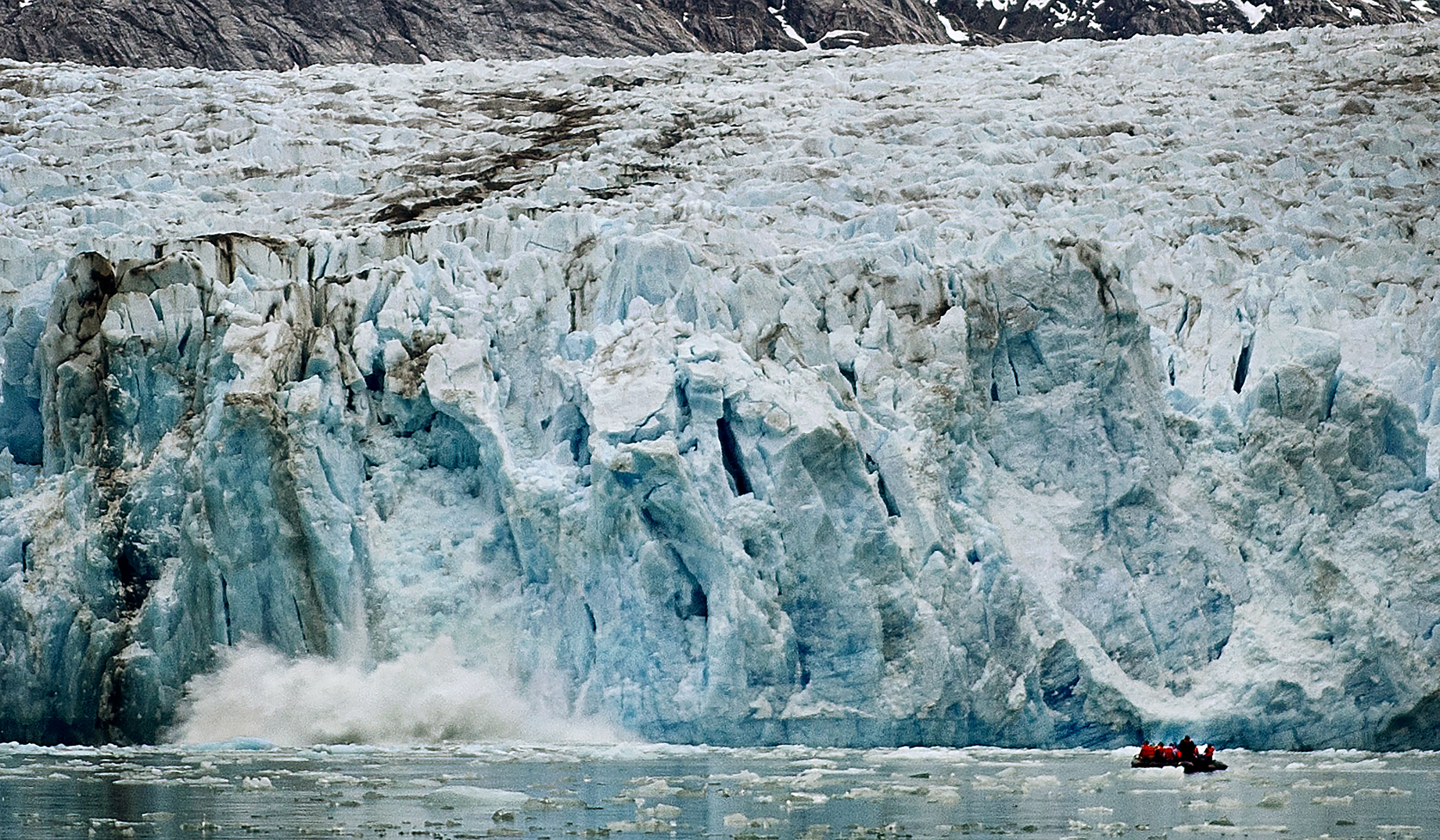 Dawes Glacier Calving again