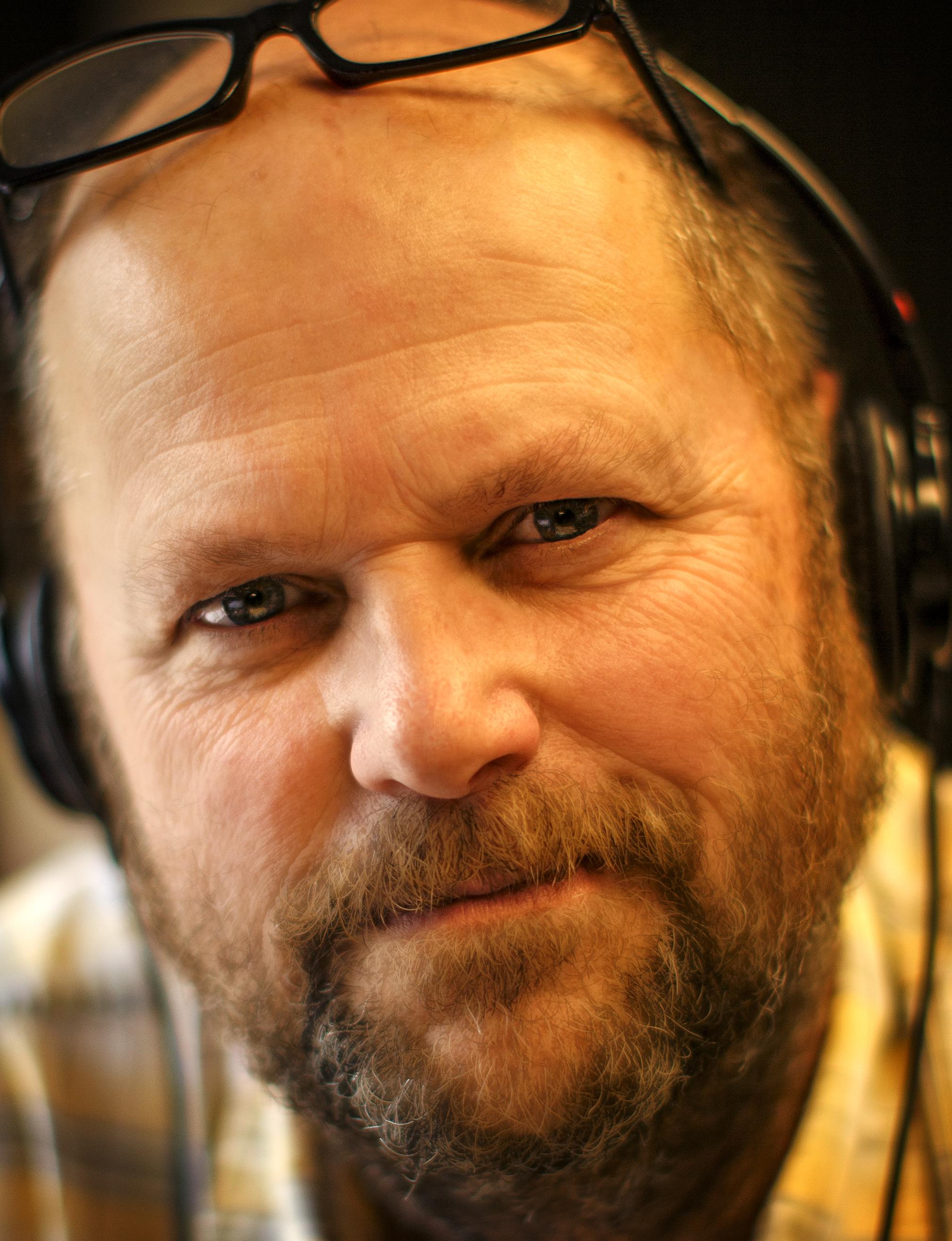 Bob Sneddon in broadcast studio