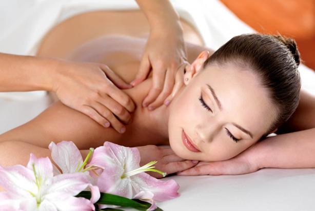 Học nghề spa ở đâu tốt tphcm - liệu pháp massage giảm cân hiệu quả