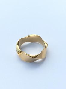 Ribbon Ring1.JPG