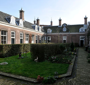 2. Hofje van Noblet-9.jpg