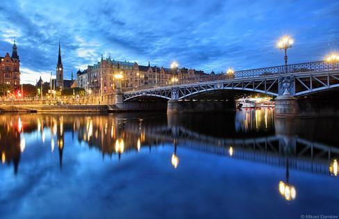 Djurgårdsbron at night