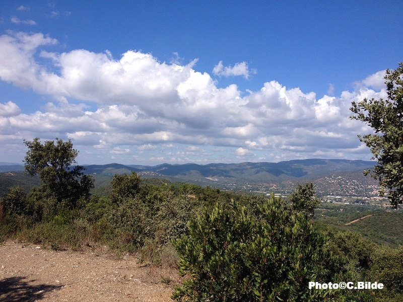 vue collines chemins de traverse