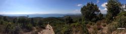 Chemin de traverse vue sur mer