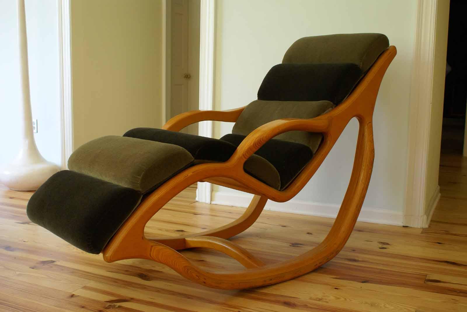 Love Lounge Chair