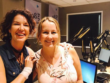 """Majoly Dion, réalisatrice discute de """" Moi j'aime ma Job"""" avec Catherine Brisson"""