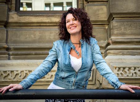 Portrait sur Majoly Dion, réalisatrice | Journal de Montréal