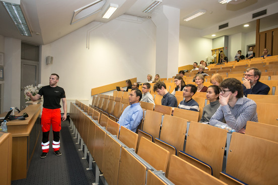 Davorin Marković presenting work and purpose of SIM (simulation) Centre
