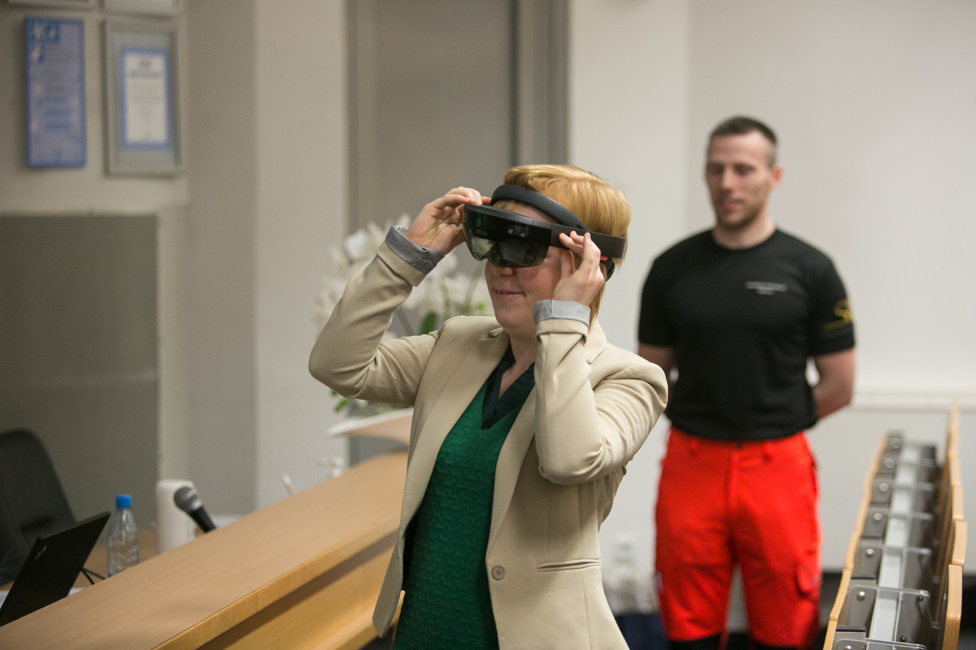 Katrien Danhieux trying out augmented reality glasses