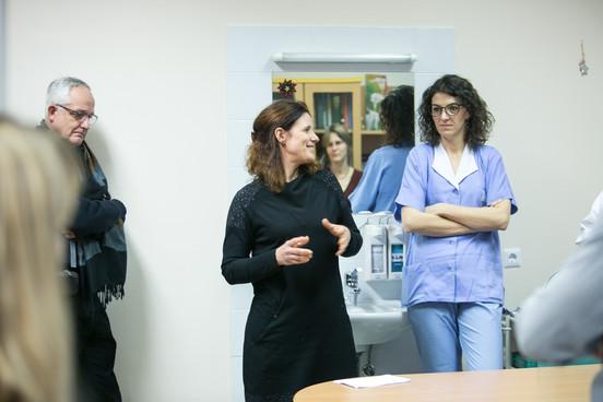 Nataša Kunstič, head of home care nursing, presenting work of her collegues