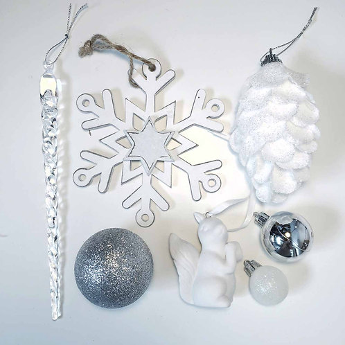 Winter wonderland White Christmas decorations gift set