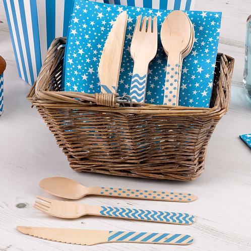 Blue wooden cutlery set