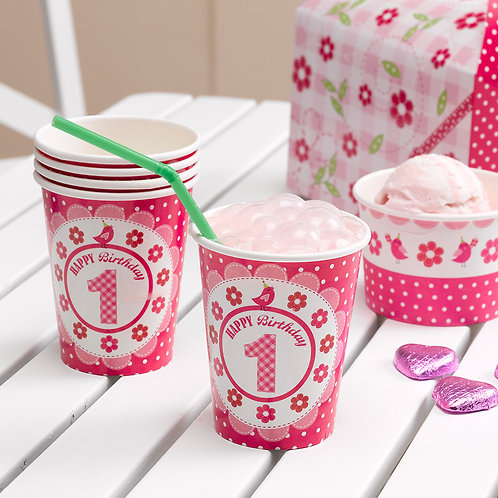 Little girl 1st birthday party paper cups.